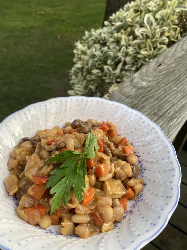 White bean stew with fresh parsley